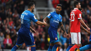 Sead-Kolasinac-and-Theo-Walcott-celebrate-our-equaliser.jpg